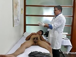 Daddy Fucks Asian Boy Robin Bareback